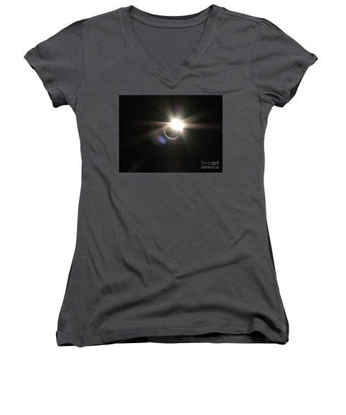 Total Eclipse 2017 Lens Flare Women's V-Neck (Athletic Fit)