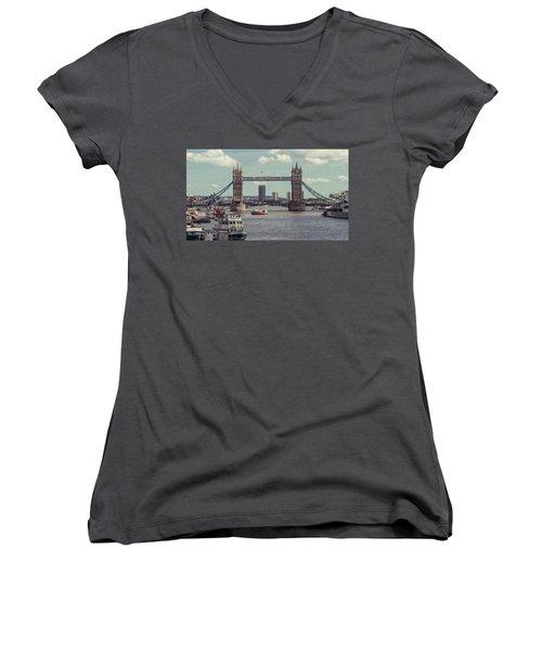 Tower Bridge B Women's V-Neck