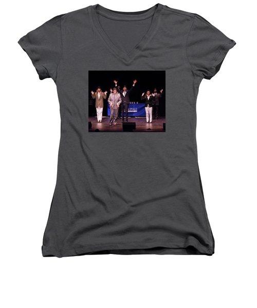 Tpa087 Women's V-Neck T-Shirt