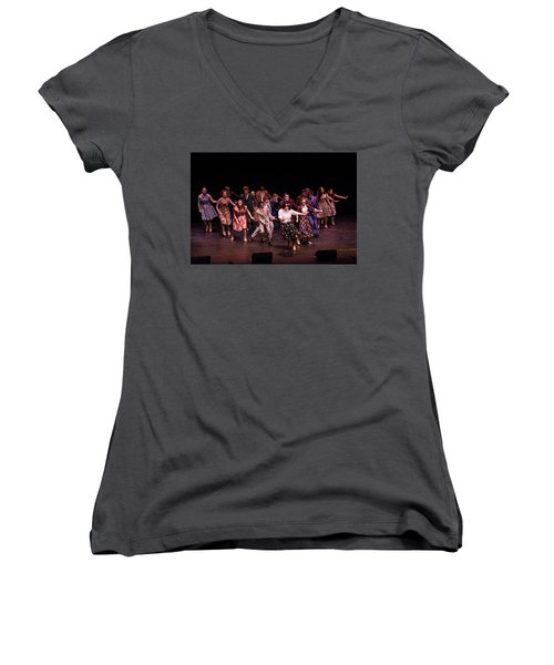 Tpa096 Women's V-Neck (Athletic Fit)