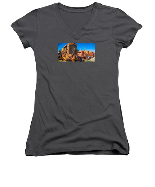 Tractor Supply Women's V-Neck