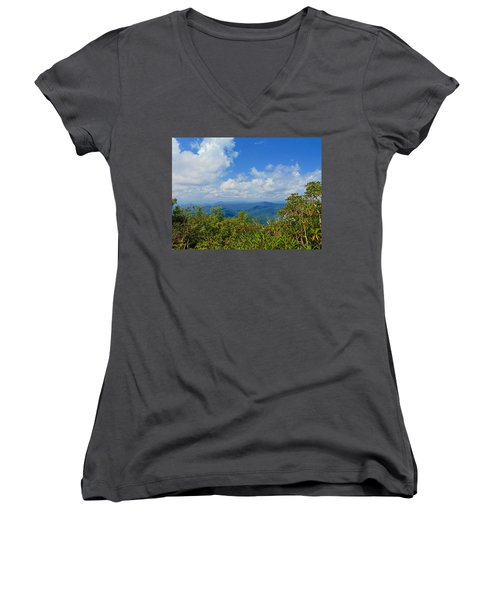 Tray Mountain Summit - South Women's V-Neck