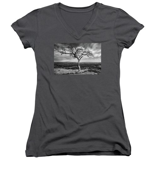 Tree On Enchanted Rock In Black And White Women's V-Neck
