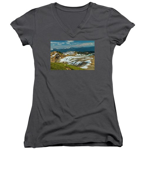Trekking Ptarmigan Ridge Women's V-Neck (Athletic Fit)