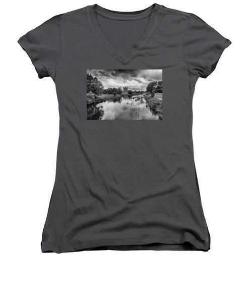 Trim Castle And The River Boyne Women's V-Neck T-Shirt (Junior Cut) by Martina Fagan