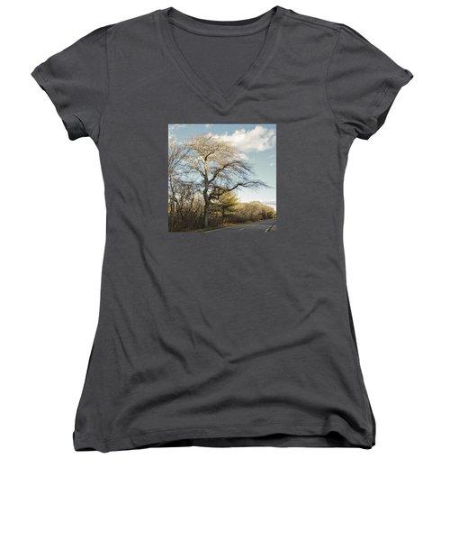 Tupelo Tree Women's V-Neck (Athletic Fit)