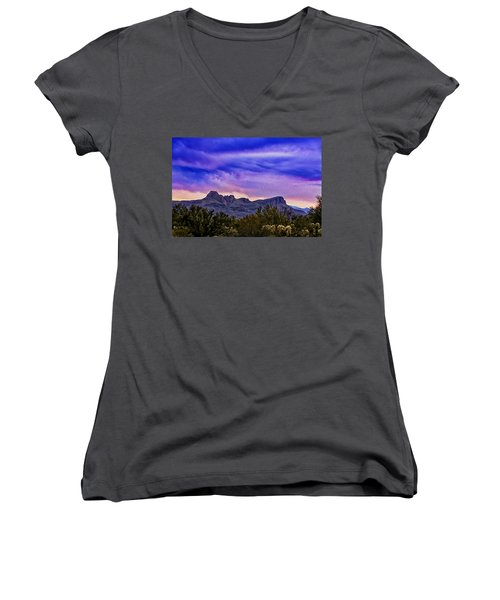 Twin Peaks H31 Women's V-Neck (Athletic Fit)