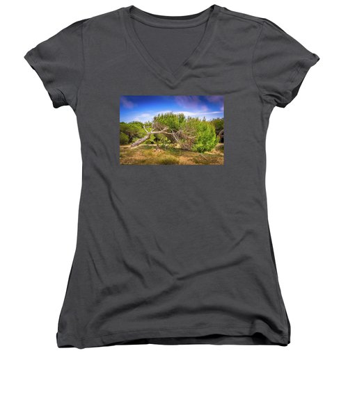 Twisted Tree Women's V-Neck