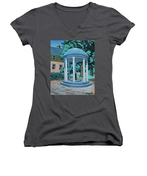 Unc Old Well Women's V-Neck (Athletic Fit)