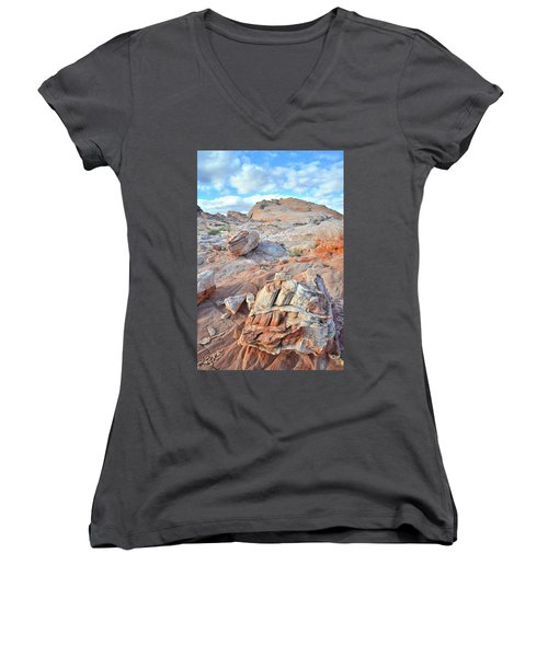 Valley Of Fire Boulders Women's V-Neck T-Shirt (Junior Cut) by Ray Mathis