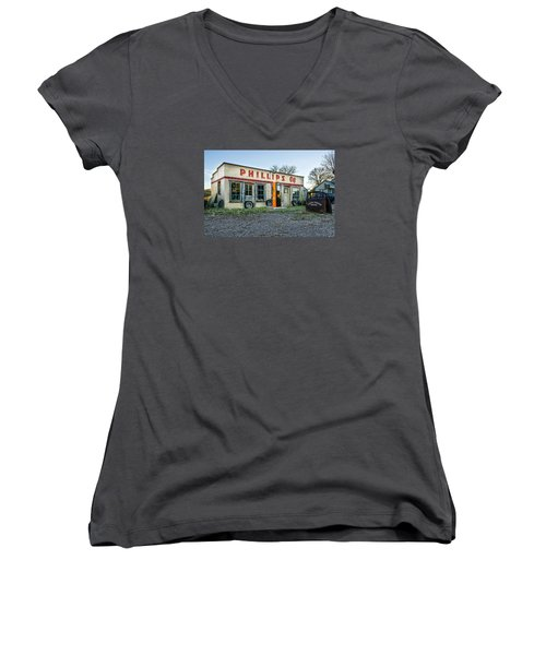 Vanishing America Women's V-Neck