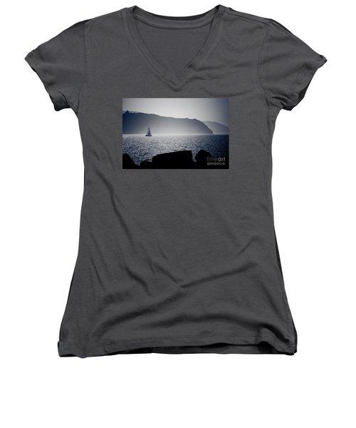 Vela Women's V-Neck T-Shirt