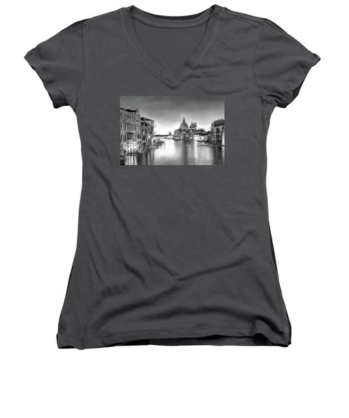Venice Pencil Drawing Women's V-Neck (Athletic Fit)