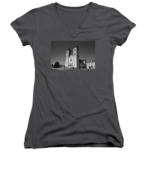 Women's V-Neck T-Shirt (Junior Cut) featuring the photograph Victoria, Kansas - Cathedral Of The Plains 6 Bw by Frank Romeo