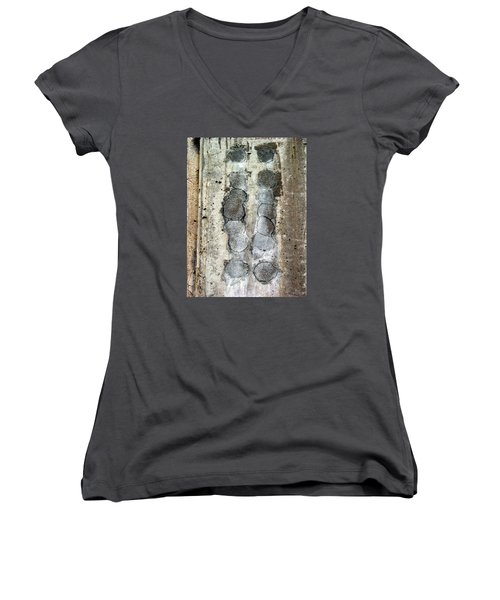 Victorious Sequence Women's V-Neck (Athletic Fit)