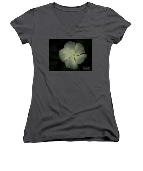 Vinca Bloom Night Glow Women's V-Neck