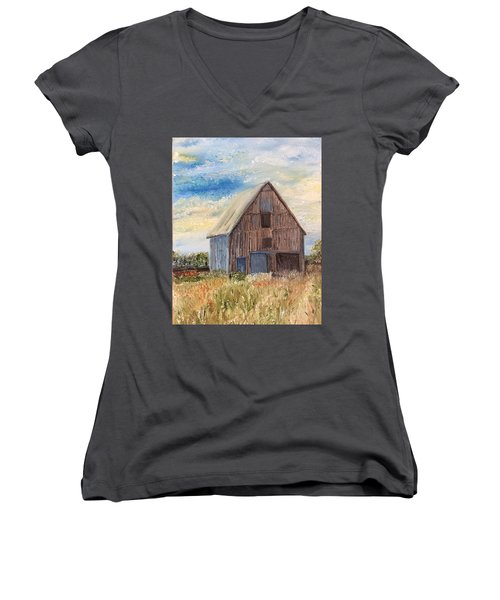 Vintage Barn Women's V-Neck T-Shirt