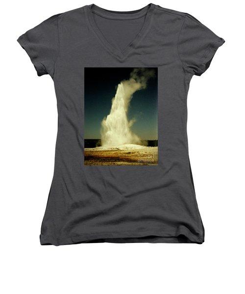 Vintage Old Faithful Women's V-Neck T-Shirt