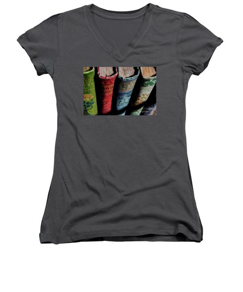 Vintage Read Women's V-Neck T-Shirt (Junior Cut) by Michael Eingle