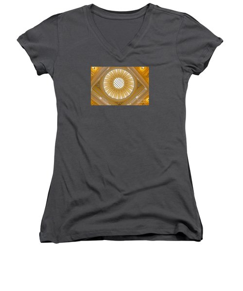 Virginia Capitol - Dome Women's V-Neck (Athletic Fit)