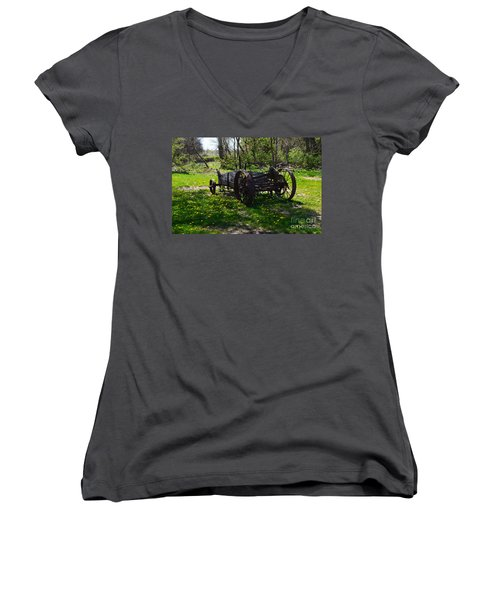Wagon And Dandelions Women's V-Neck (Athletic Fit)