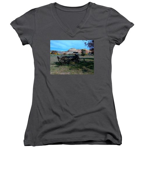 Women's V-Neck featuring the photograph Wagon And Kitchen Mesa by Joseph R Luciano