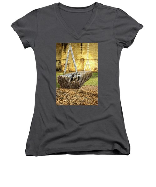 Waiting Women's V-Neck T-Shirt