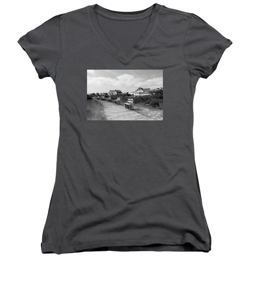 Walk Through The Dunes In Black And White Women's V-Neck