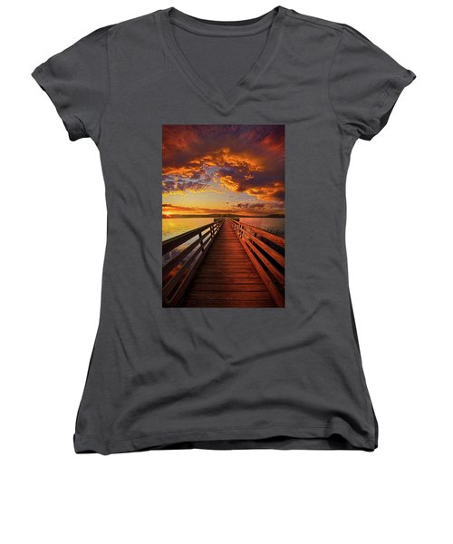 Walkyn Skywyrd Women's V-Neck