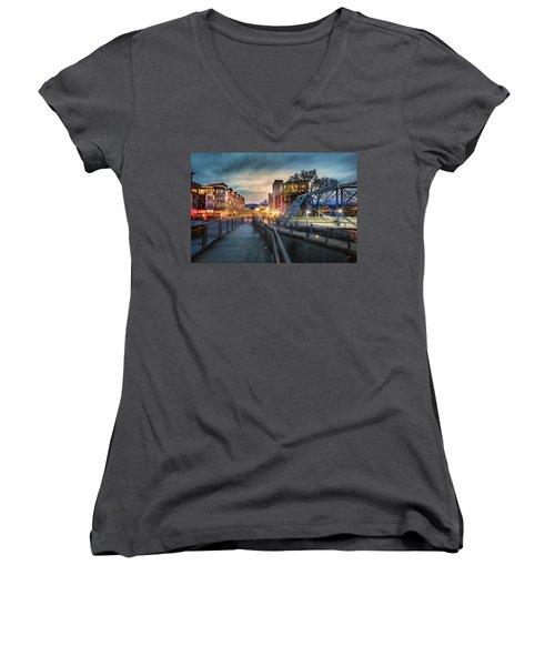 Walnut Street Circle Sunset Women's V-Neck T-Shirt (Junior Cut) by Steven Llorca