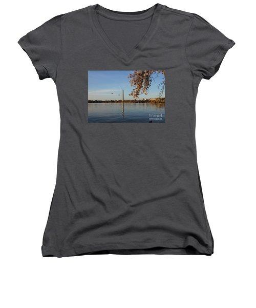 Washington Monument Women's V-Neck T-Shirt (Junior Cut) by Megan Cohen