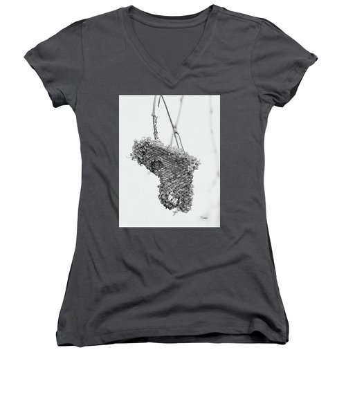 Wasp Nest Heart Women's V-Neck (Athletic Fit)