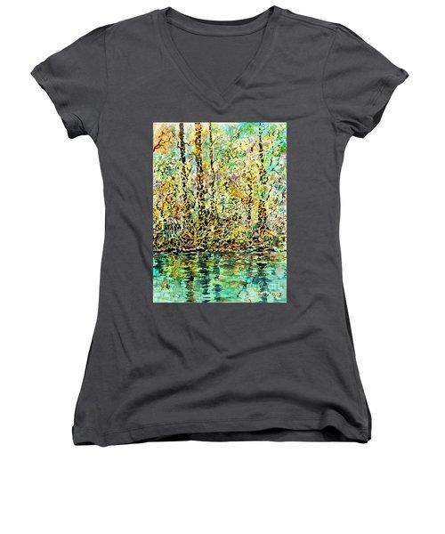 Water Kissing Land Women's V-Neck T-Shirt