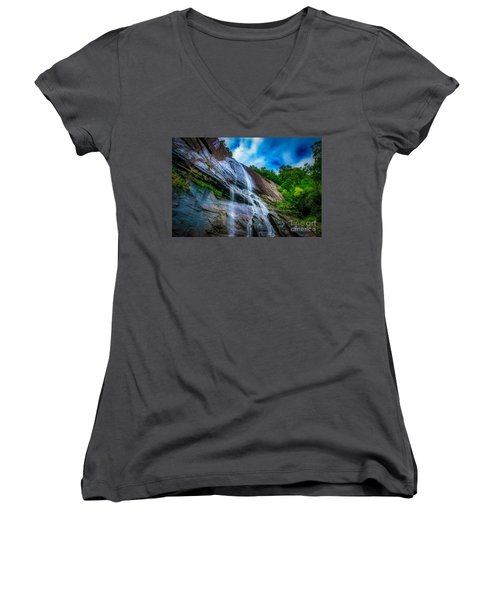 Chimney Rock Women's V-Neck