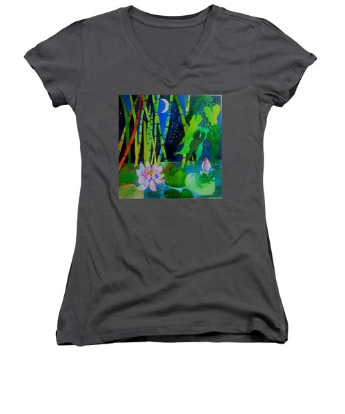 Waterlillies At Midnight Women's V-Neck T-Shirt
