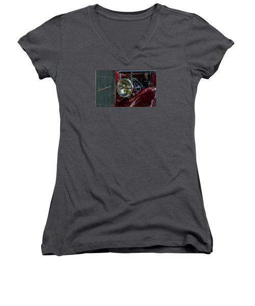 Waupaca Streetrod Women's V-Neck T-Shirt
