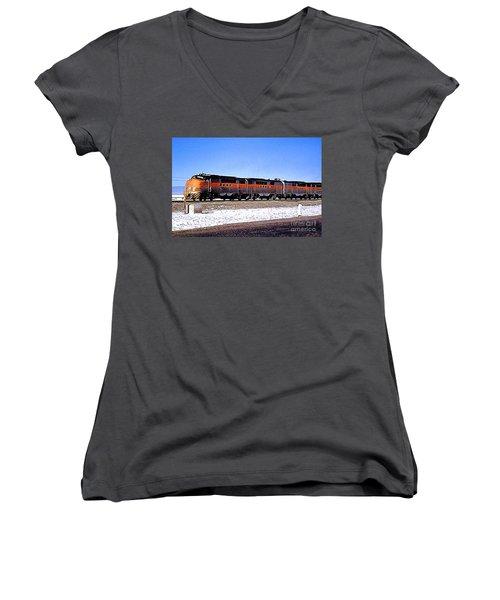 Western Pacific Diesel Locomotive Trainset Women's V-Neck T-Shirt