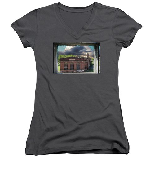 Westinghouse In A Storm Women's V-Neck