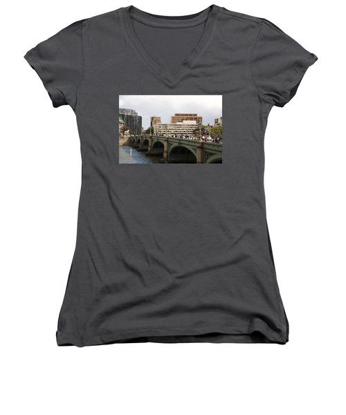 Westminster Bridge.  Women's V-Neck T-Shirt