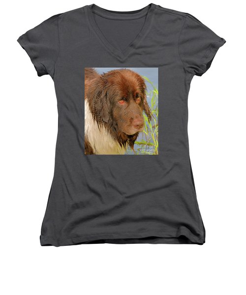 Women's V-Neck T-Shirt featuring the photograph Wet Newfie by Debbie Stahre