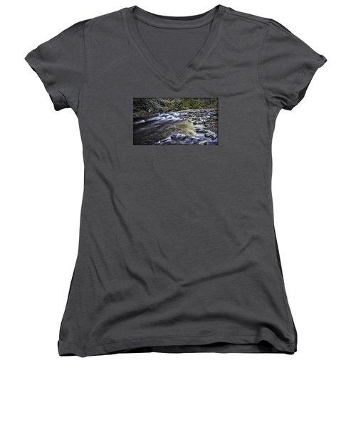 White Water Women's V-Neck T-Shirt