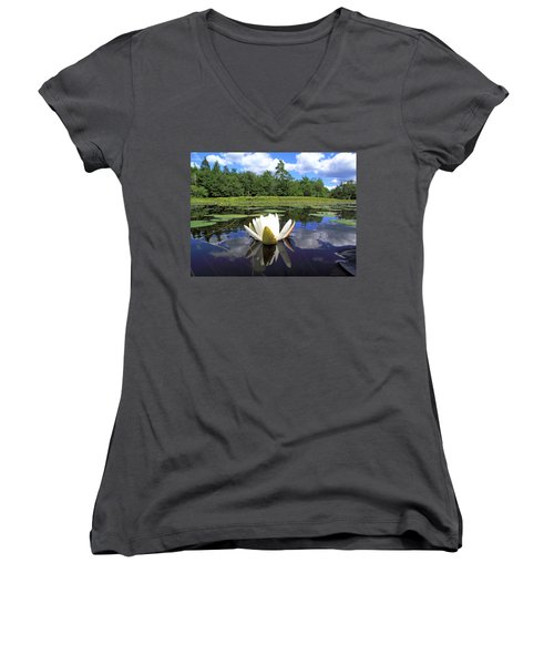 White Waterlily On A Lake Women's V-Neck (Athletic Fit)