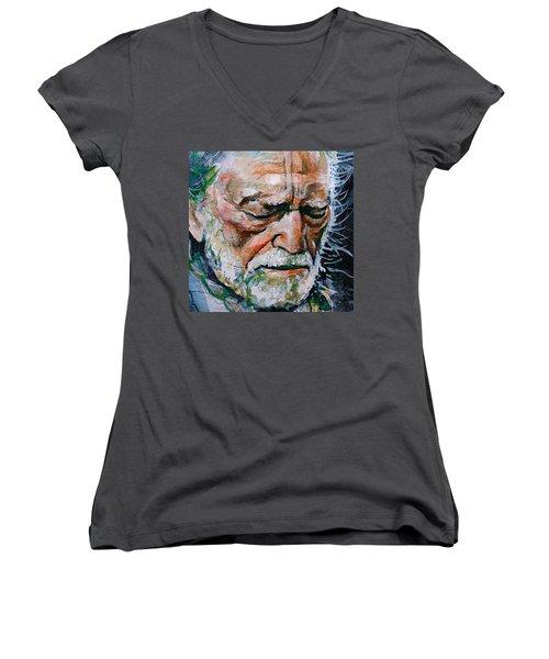 Willie Nelson 7 Women's V-Neck T-Shirt