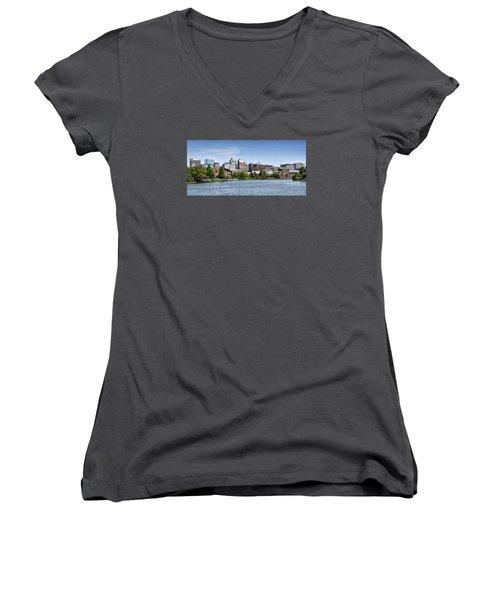 Wilmington Delaware Skyline Women's V-Neck T-Shirt (Junior Cut) by Brendan Reals