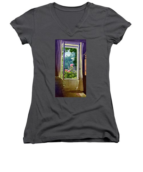 Window At Clermont Women's V-Neck