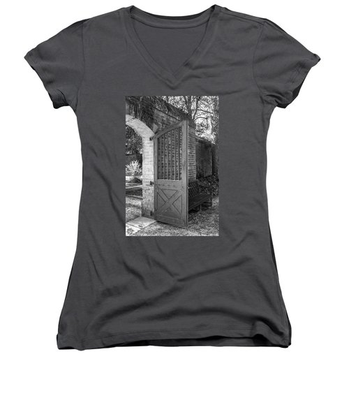 Wooden Garden Door B W Women's V-Neck