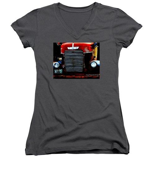 Working Women's V-Neck T-Shirt
