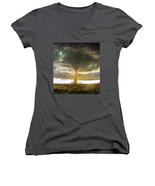 Wray Colorado Tornado 070 Women's V-Neck