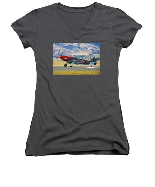 Yakovlev Yak 3-m Women's V-Neck T-Shirt (Junior Cut)