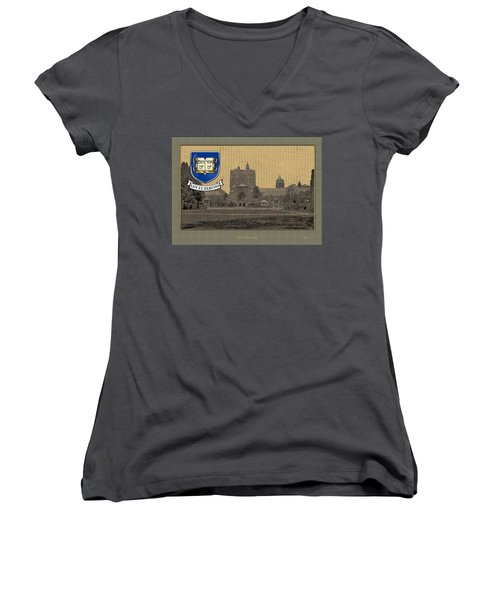 Yale University Building With Crest Women's V-Neck T-Shirt (Junior Cut)